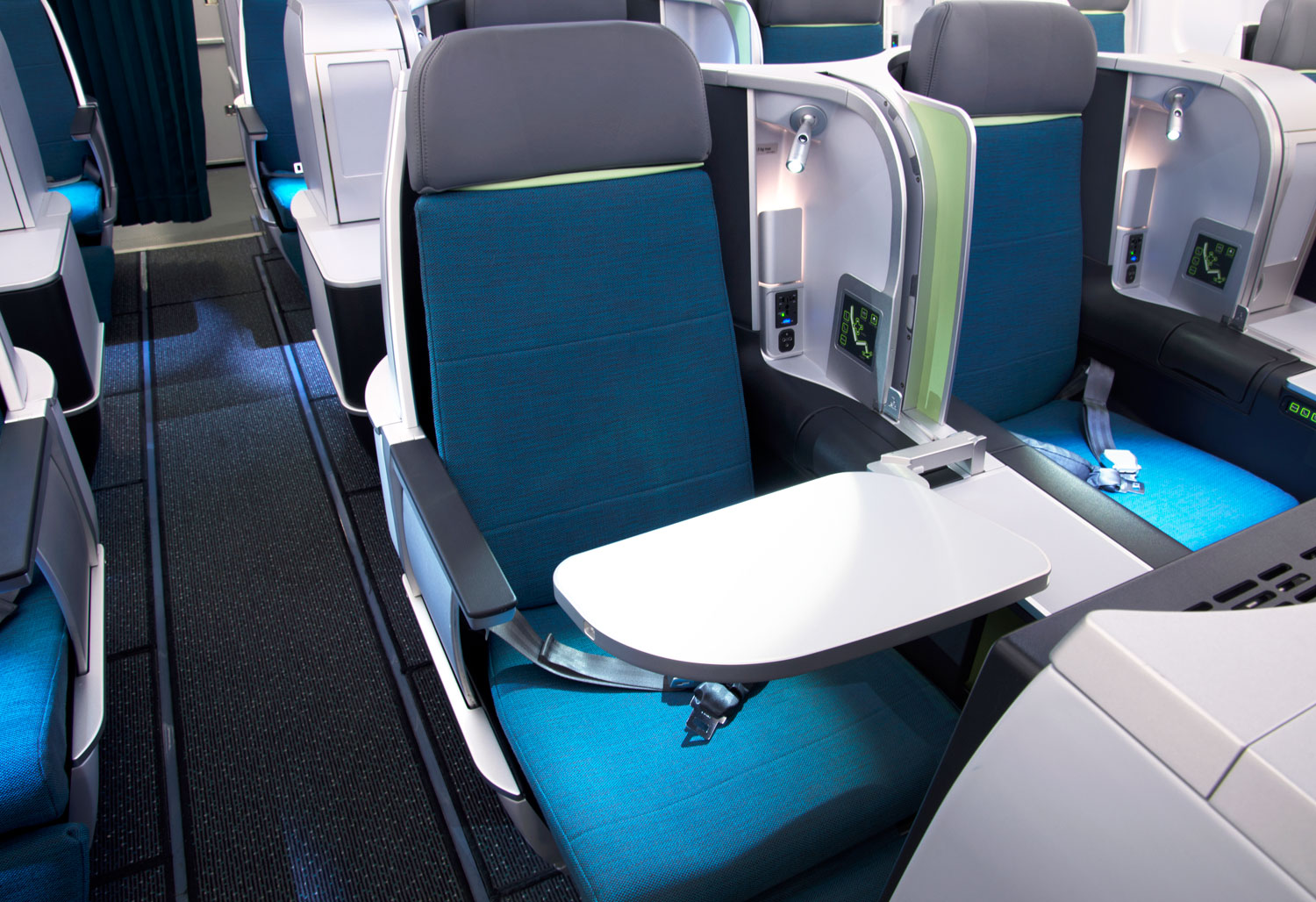 Experiencing the Refined Luxury of Aer Lingus Business Class 6