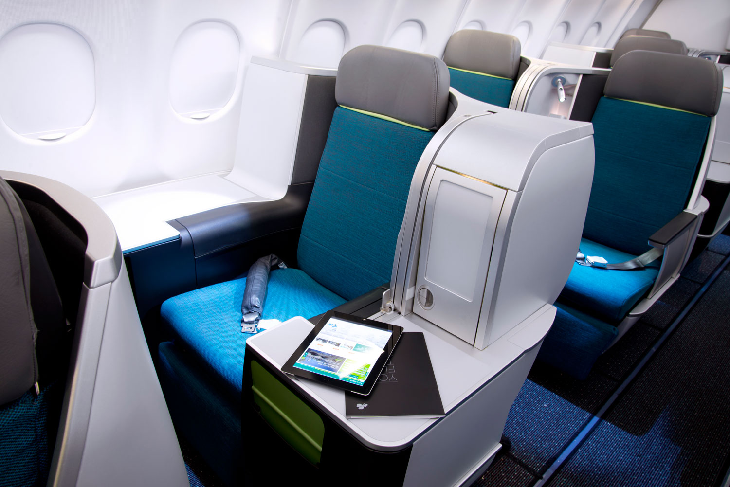 Experiencing the Refined Luxury of Aer Lingus Business Class 7