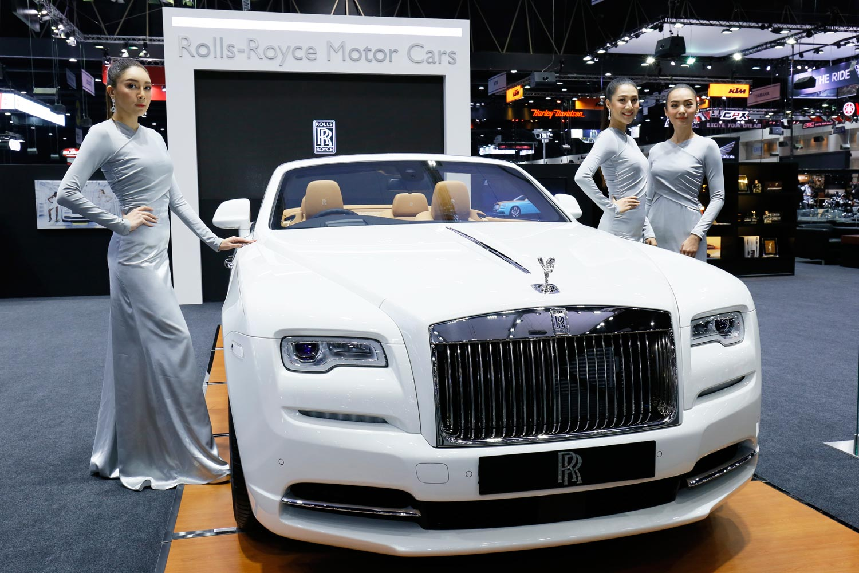 Rolls-Royce Inspires Vatanika Fashion Collection at Thai Motor Expo 13