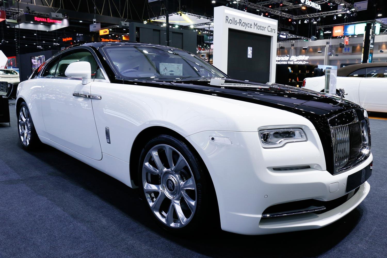 Rolls-Royce Inspires Vatanika Fashion Collection at Thai Motor Expo 11