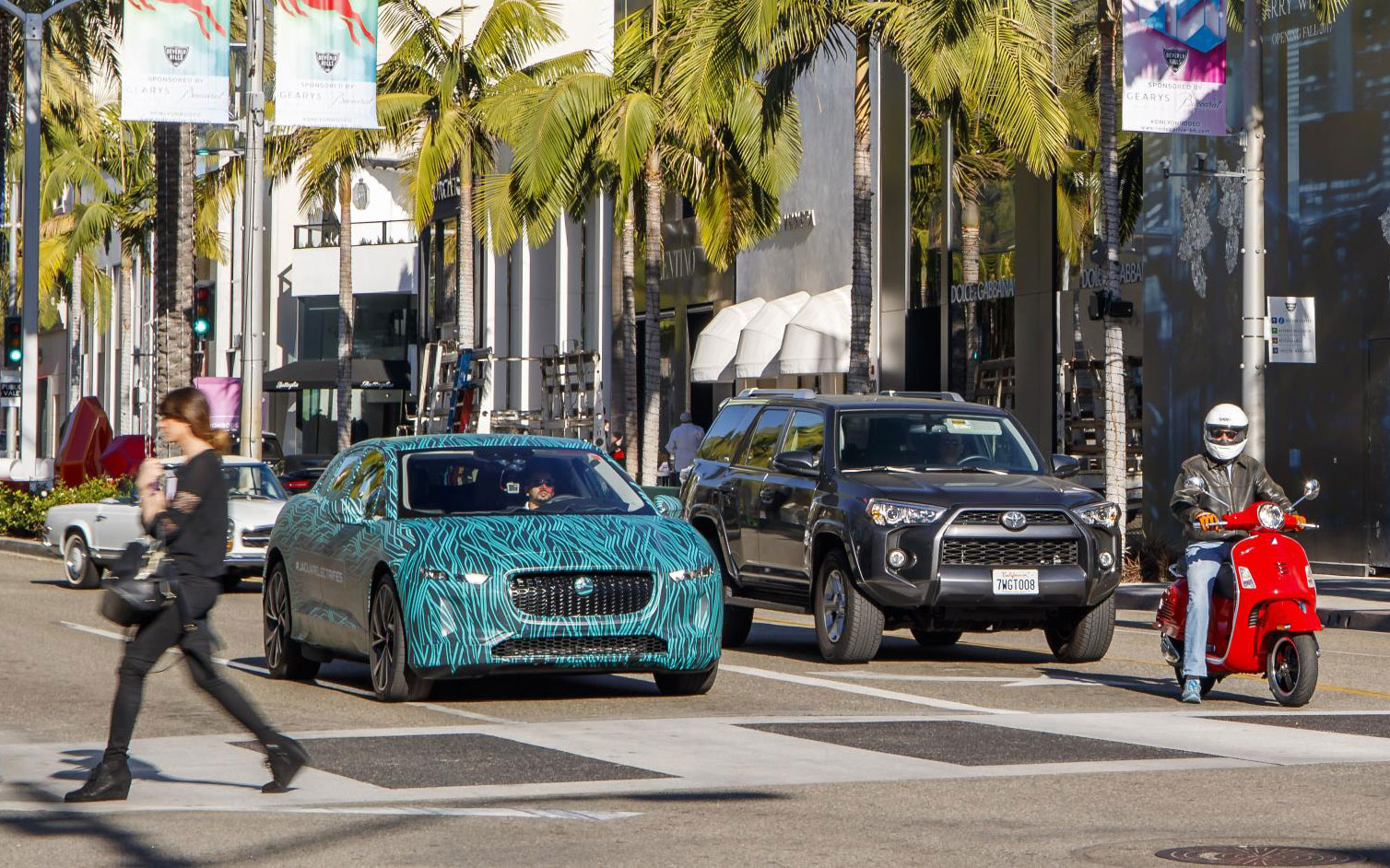 Jaguar I-PACE Enters Final Testing Ahead of Global Reveal in Early 2018 12