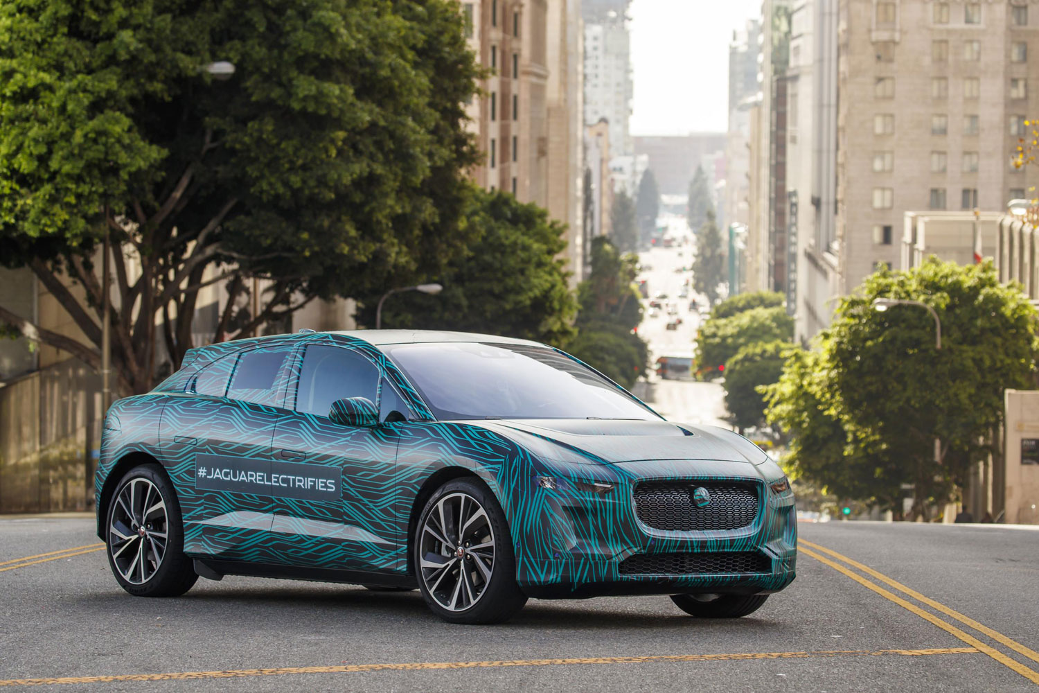 Jaguar I-PACE Enters Final Testing Ahead of Global Reveal in Early 2018 10