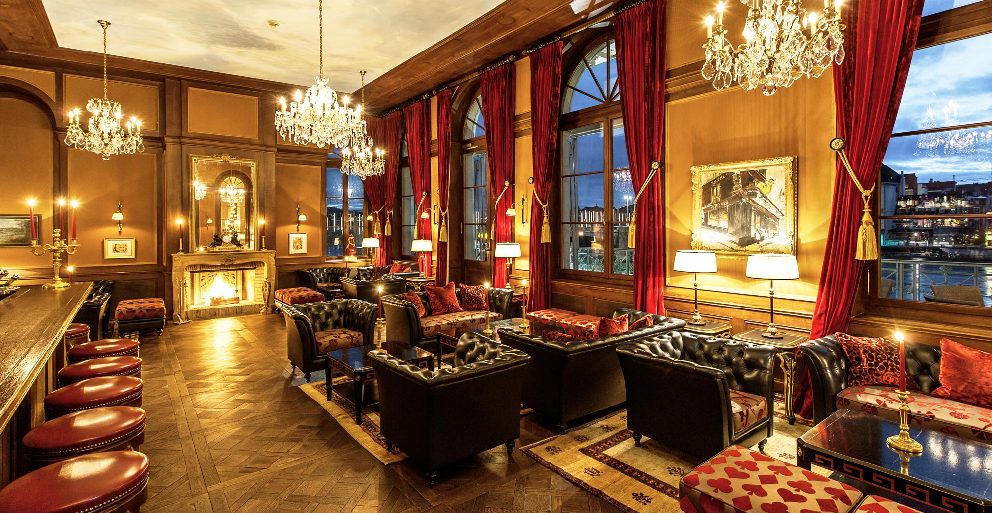 Old world luxury at the grand hotel les trois rois basel for Grand hotel