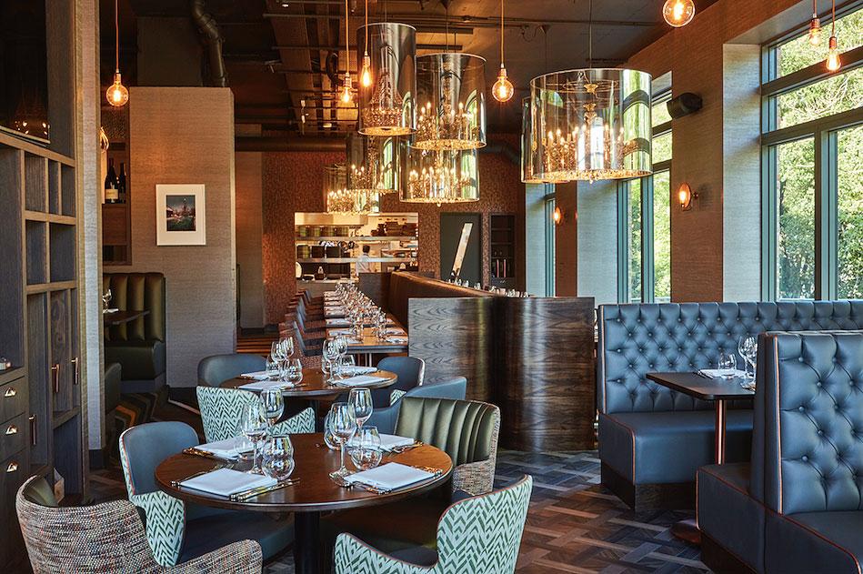 M Bar & Grill: Twickenham's Glamorous New Gastropub
