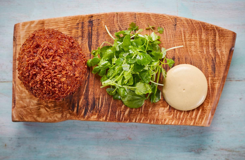 M Bar & Grill: Twickenham's Glamorous New Gastropub 6