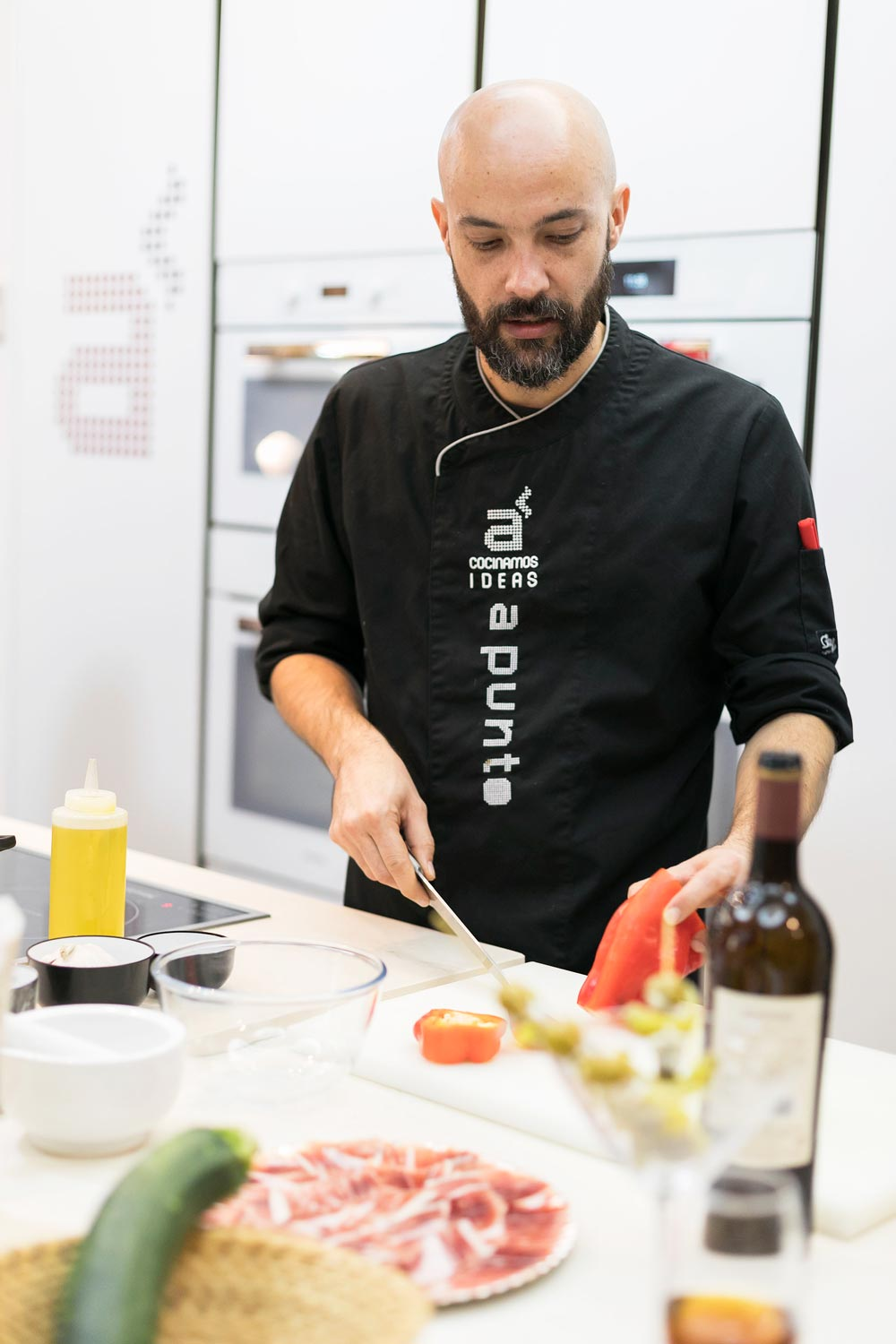 A-Punto-Cookery-School-Madrid-Spain-chef
