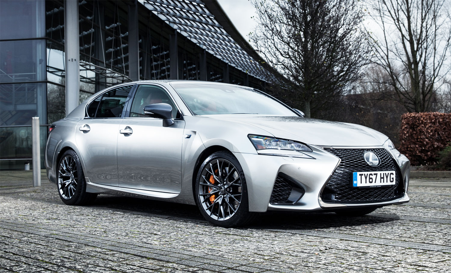 luxurious magazine road tests a 74 000 lexus gs f. Black Bedroom Furniture Sets. Home Design Ideas