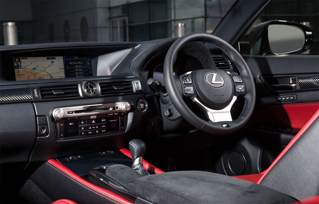 Luxurious Magazine Road-Tests a £74,000+ Lexus GS F in the South-West 5