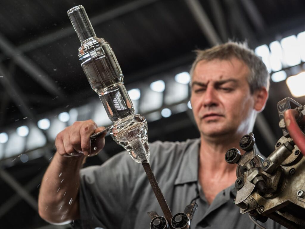 The Story of Colours with Luxury Czech Glass Producer Moser 11