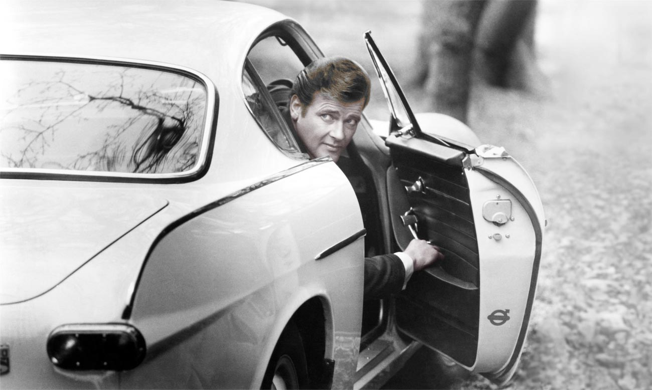 Roger Moore as Simon Templar in the Volvo P1800
