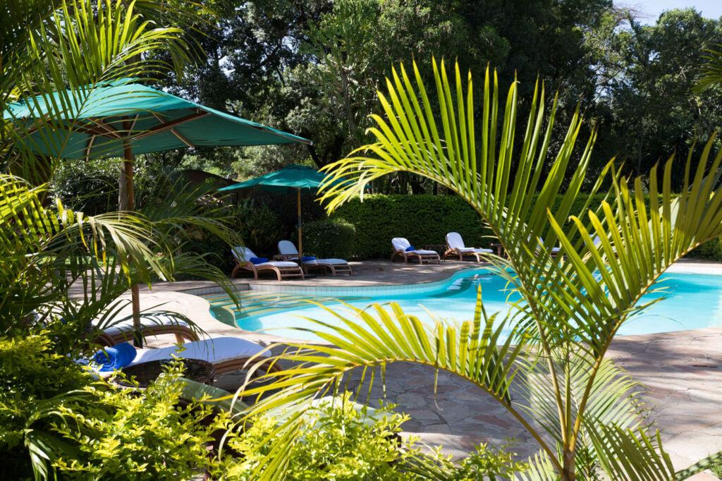 Fairmont Mara Safari Club swimming pool