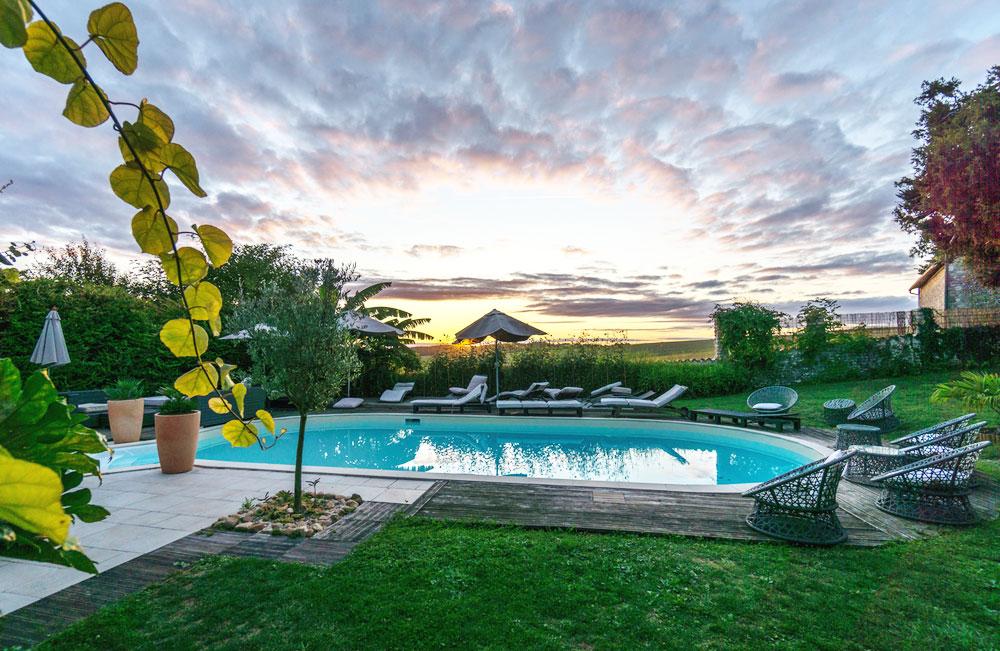 The pool at the Les Passeroses Yoga Retreat