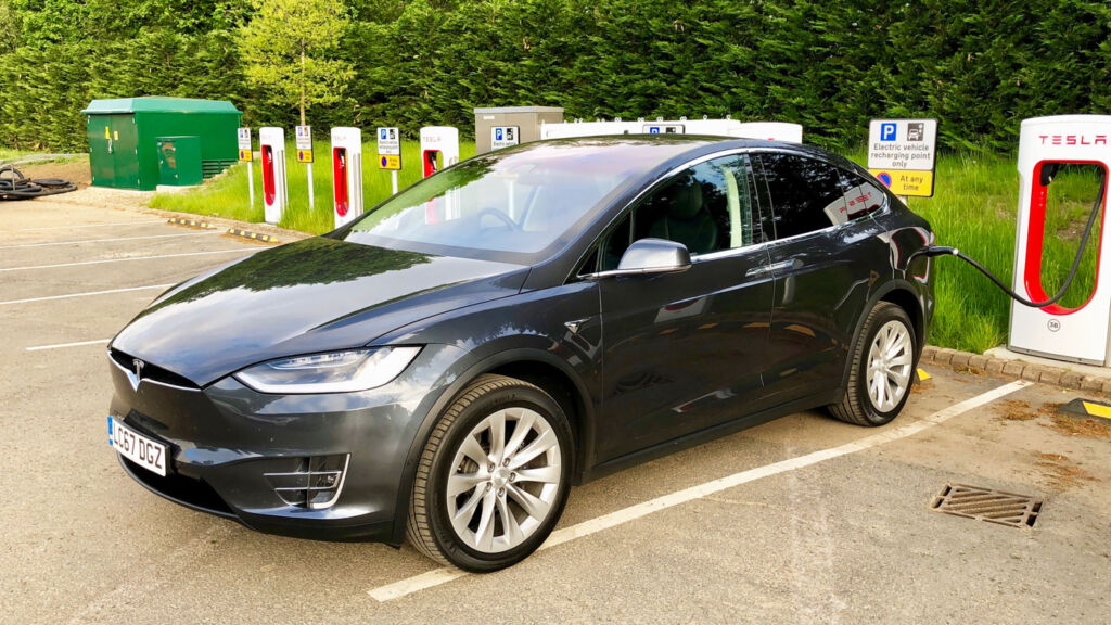 An SUV With The X Factor, Tesla's Falcon-Winged Model X 4