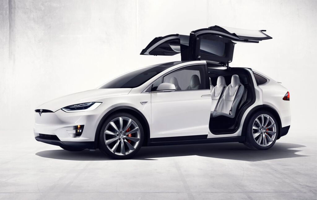 Jeremy Webb road tests the Tesla Model X, after just an hour he discovered the Wow factor.