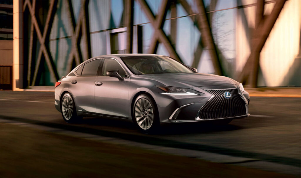 Lexus Unveils The All-New ES Saloon 4
