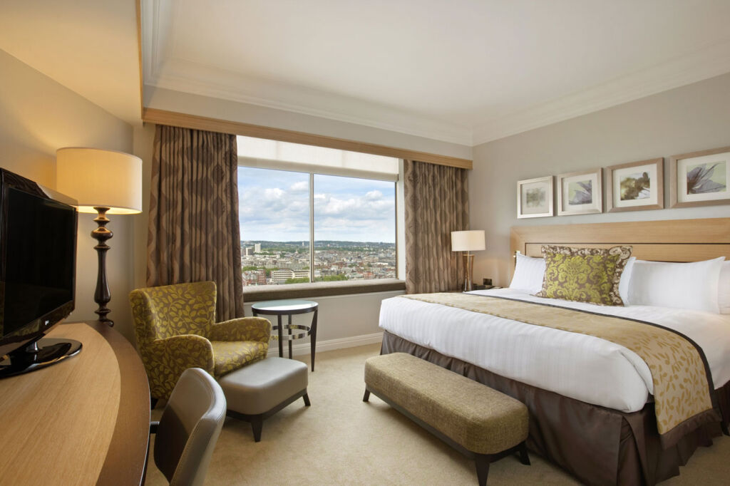 London Hilton On Park Lane: The Height Of Luxury 4