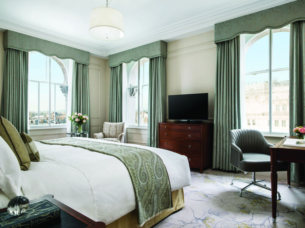 Deluxe Room at Langham, London