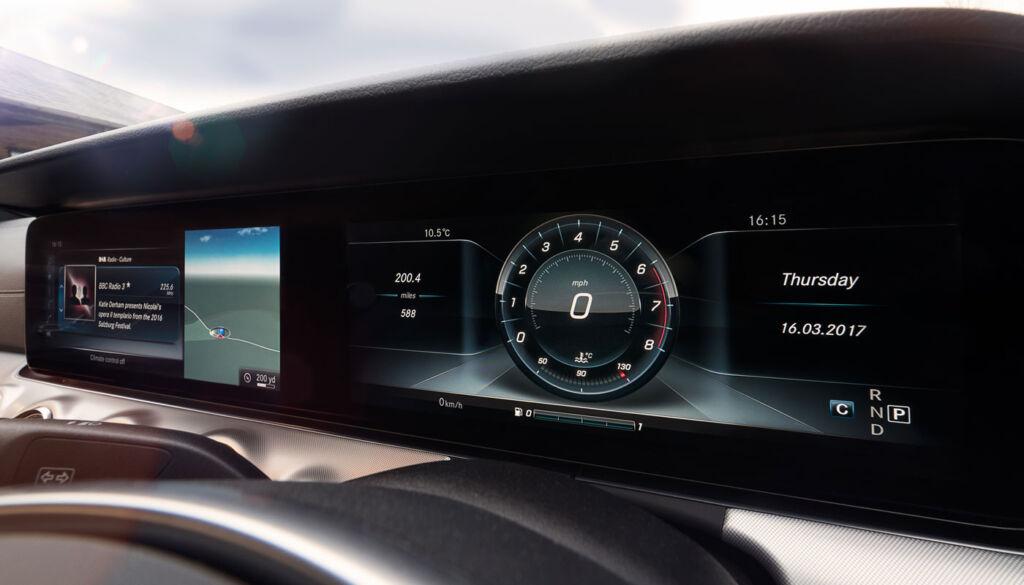 Luxurious Magazine Road Test: The Mercedes-Benz E-Class Coupé 7