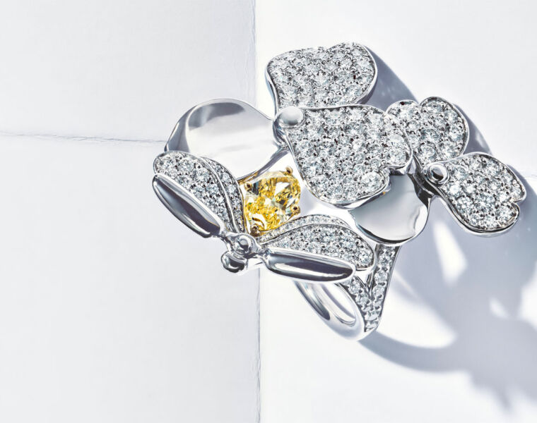 Paper Roses? No Problem If They Come From Tiffany's Latest Paper Flowers Collection 10