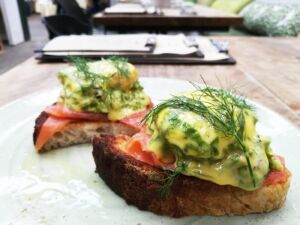 A Brush With Brunch At BOTTLES 9