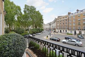 Belgravia's Finest Mega 2-house Mansion on the Market for £30 Million 6