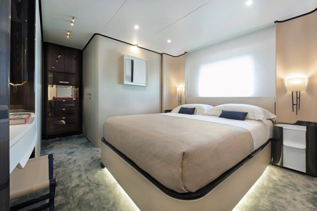 Azimut Grande 32 Metri Shines at the Boat International Design & Innovation Awards 7
