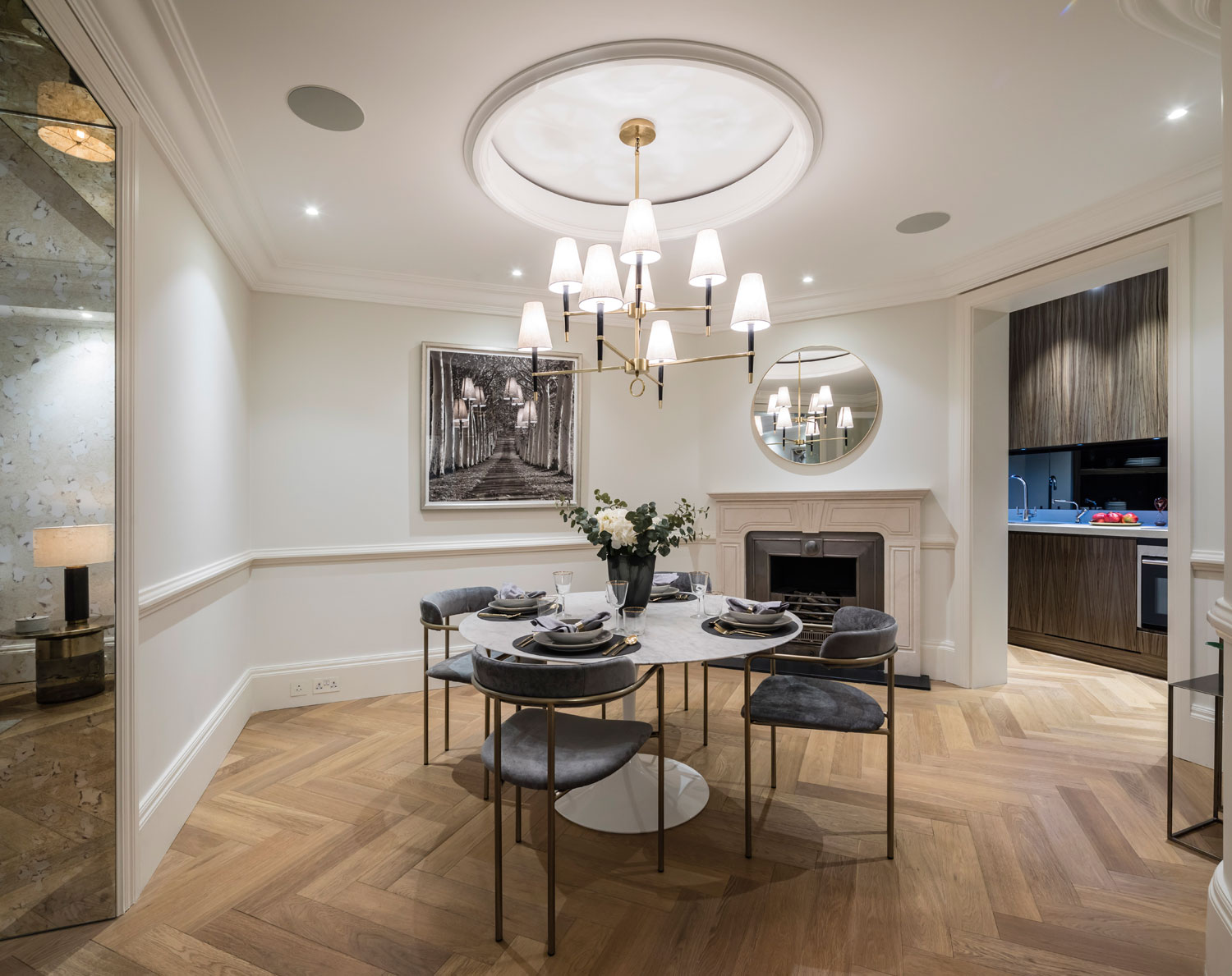 Former 19th-Century Stables Now Mayfair Home For £3.95 Million 7