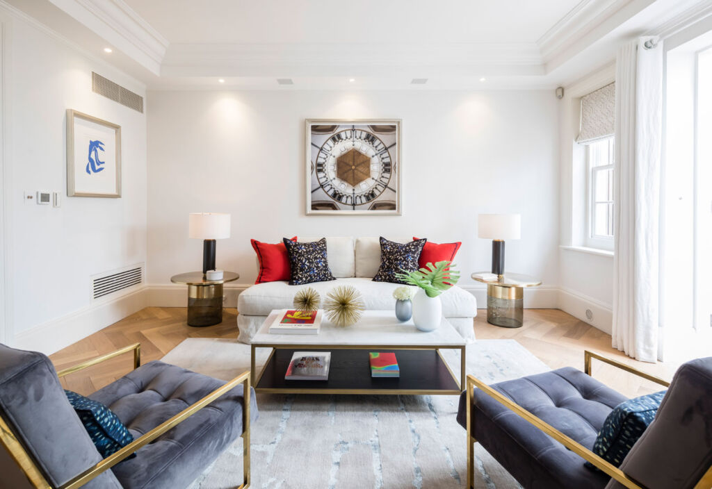 Former 19th-Century Stables Now Mayfair Home For £3.95 Million 9