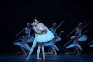 The Story of Swan Lake Shines at London's Coliseum 8
