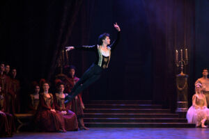 The Story of Swan Lake Shines at London's Coliseum 10