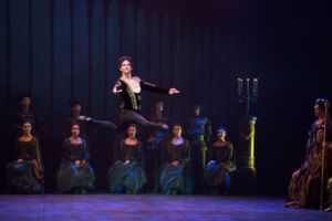 The Story of Swan Lake Shines at London's Coliseum 12