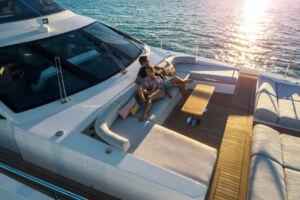 Azimut Grande 32 Metri Shines at the Boat International Design & Innovation Awards 15