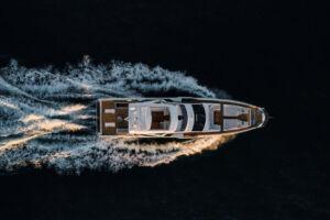 Azimut Grande 32 Metri Shines at the Boat International Design & Innovation Awards 12
