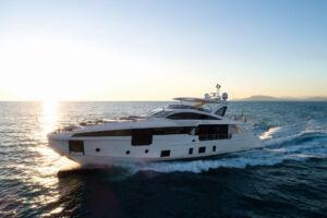 Azimut Grande 32 Metri Shines at the Boat International Design & Innovation Awards 9