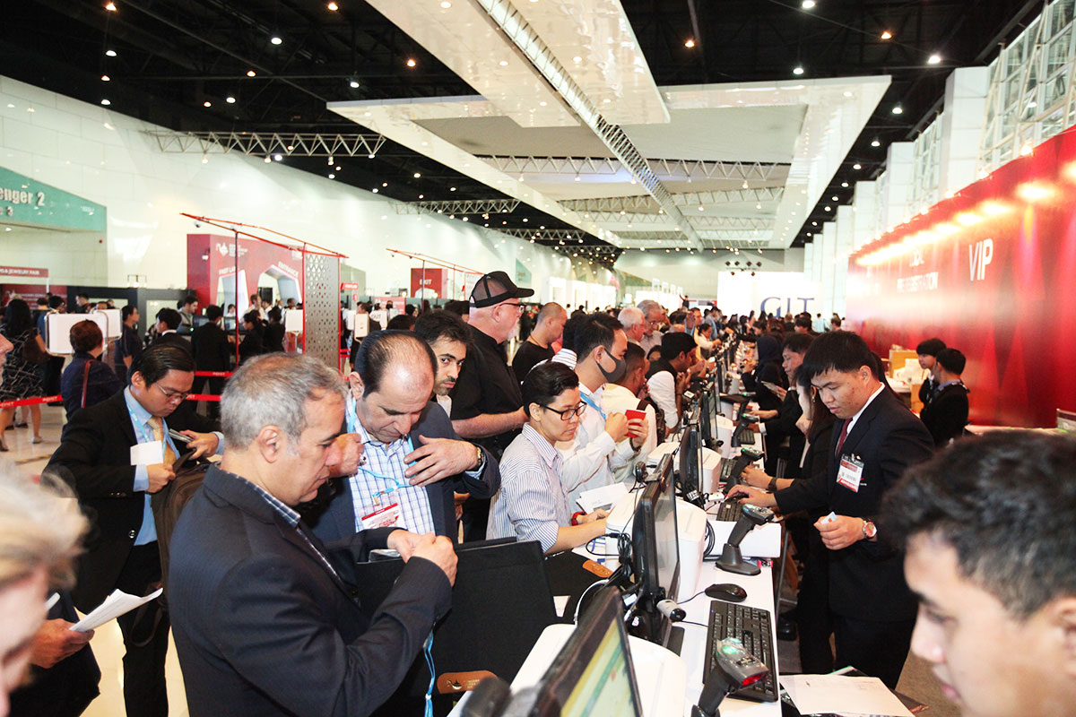 More Than 14,000 Visitors Experienced The 63rd Bangkok Gems & Jewelry Fair 5