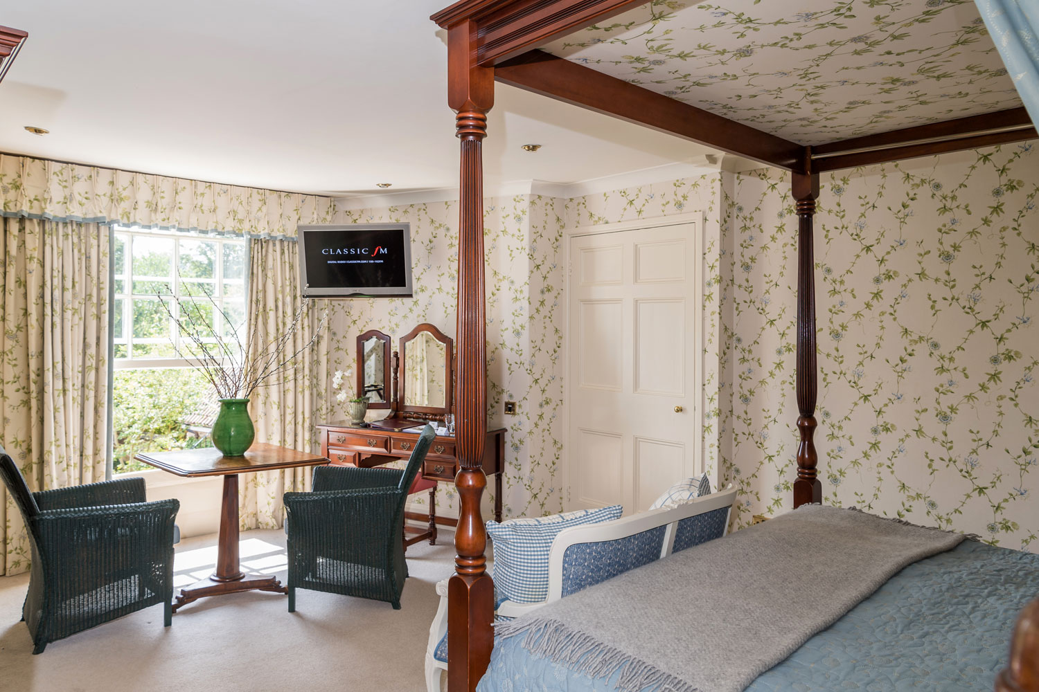 Luxurious Magazine Goes West To Review The Eastbury Hotel 4