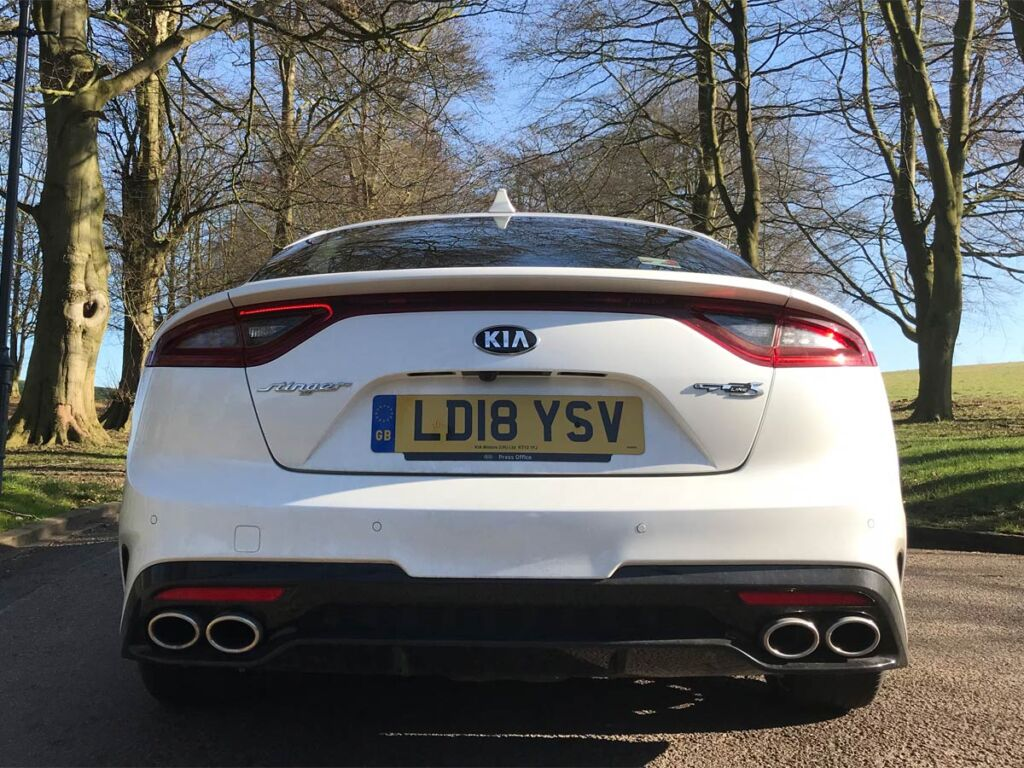 UK Road Test and Review of The KIA Stinger 2.0 T-GDi 'GT-Line' S 8