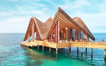 Ong Chin Huat Explores the new Joali Maldives