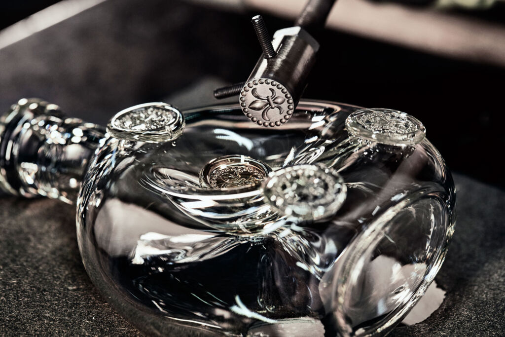Louis XIII Adds Limited Edition Decanter To Black Pearl Collection 5