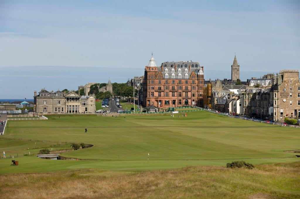 Hamilton Grand - Above Par Residences on Scotland's Most Expensive Street 8