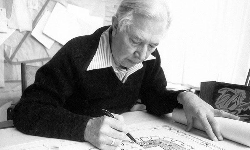 Hans J. Wegner (1914-2007)