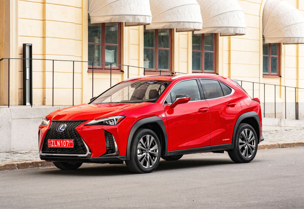 First Drive In Barcelona: The New Lexus UX Compact SUV 4