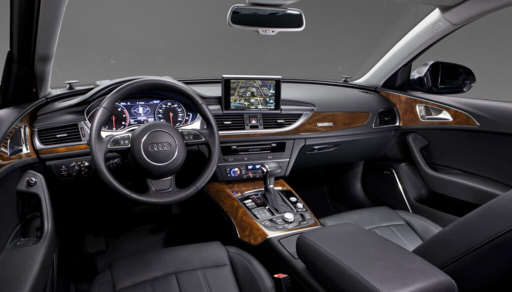 Ten Of The Most Comfortable Real-World Luxury Cars of 2019 4