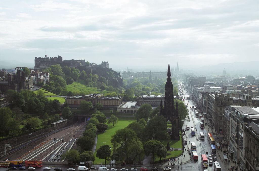 Luxurious Magazine Review of The Balmoral Hotel, Edinburgh, Scotland 6