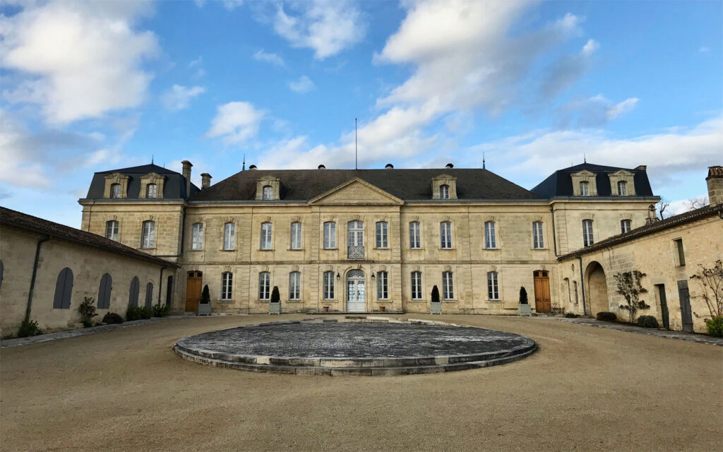 Bordeaux Vineyards Lead The Way in Sustainable Viticulture 8
