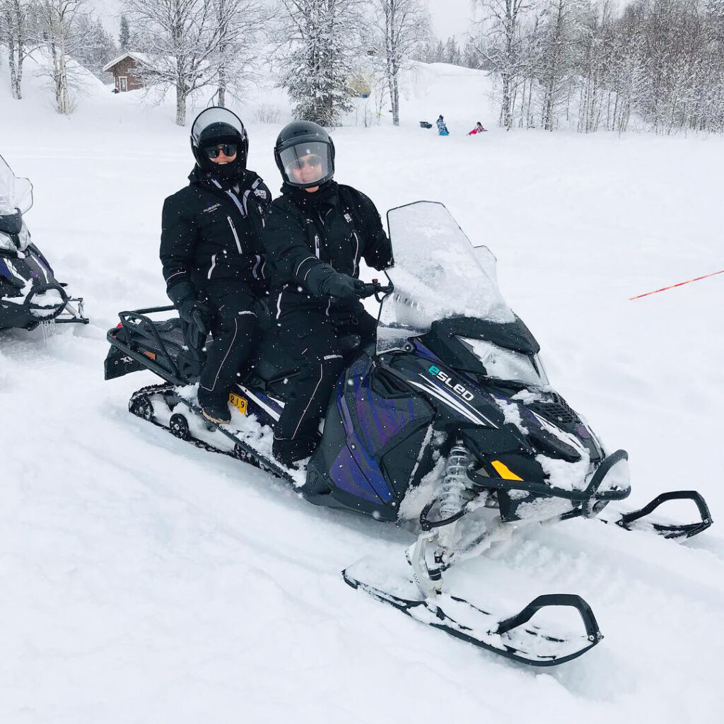 Aurora eMotion – electric snowmobile ride