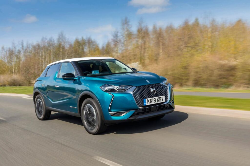 DS 3 Crossback Road Test at the Chihuly At Kew Exhibition 9