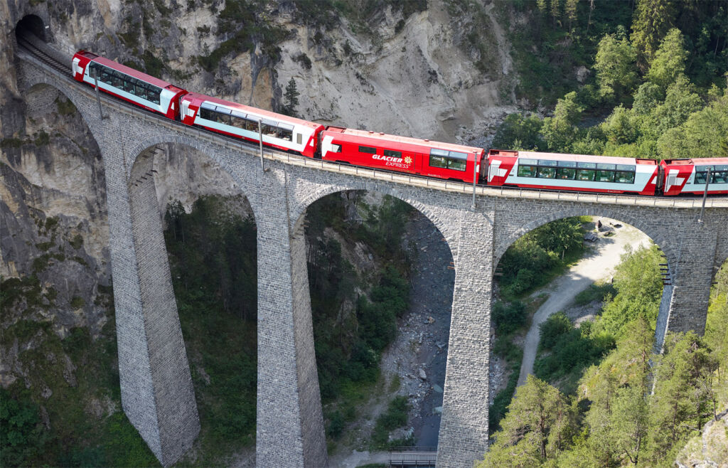 Grand Train Tour of Switzerland – Your Window to the Alps 8