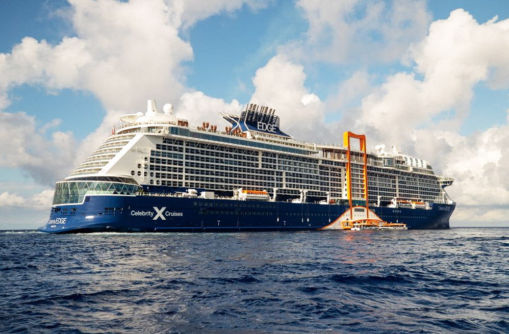 "Celebrity Cruises Literally Has The ""Edge"" On The Seas"