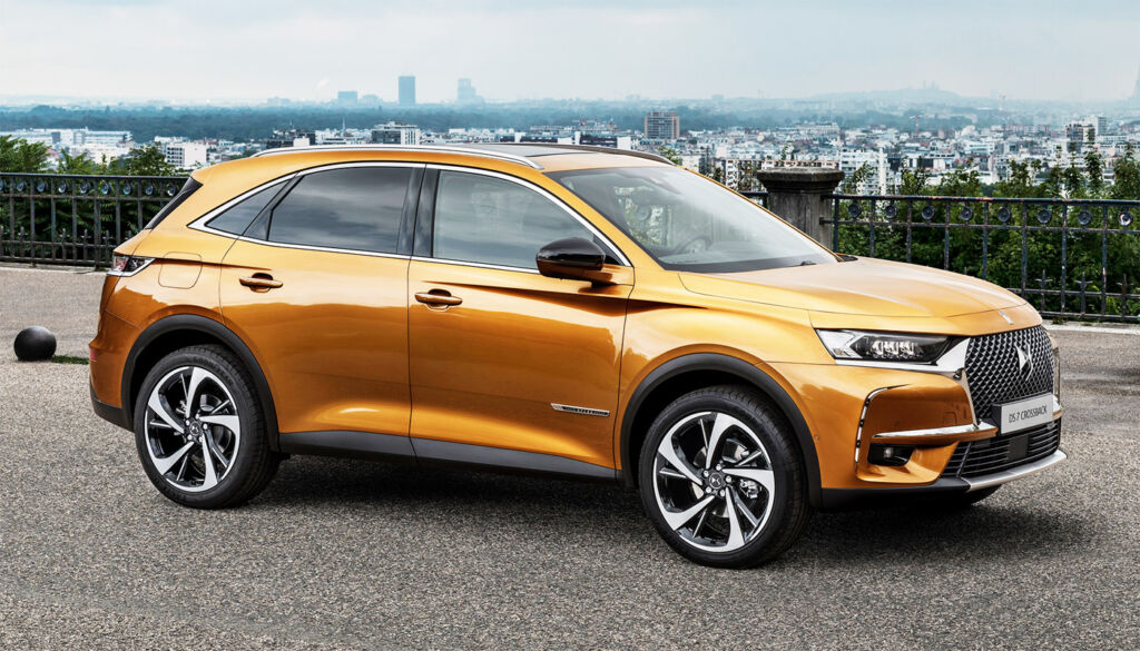 Luxurious Magazine Road Test: The DS 7 CROSSBACK PureTech 180 SUV 3